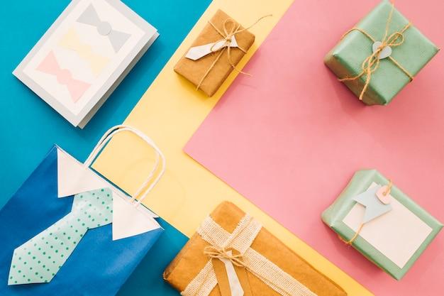 Zusammensetzung für vatertag mit geschenken und tasche