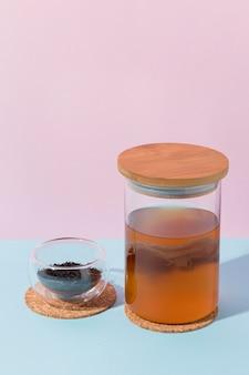 Zusammensetzung mit leckerem kombucha-getränk