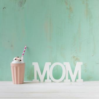 Zusammensetzung mit smoothie für muttertag