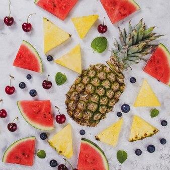 Zusammensetzung mit verschiedenen früchten