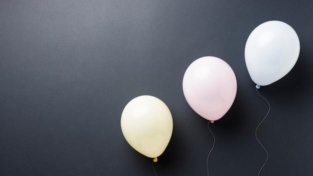 Zusammensetzung verschiedener festlicher ballons Kostenlose Fotos