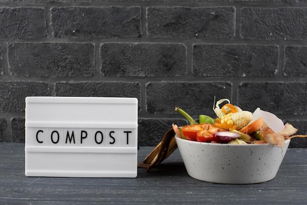 Zusammensetzung von kompost aus faulen lebensmitteln