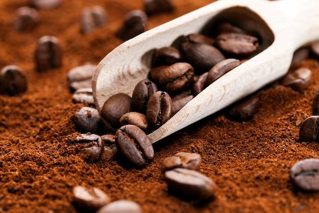 Zutaten für ein heißes, belebendes kaffeegetränk