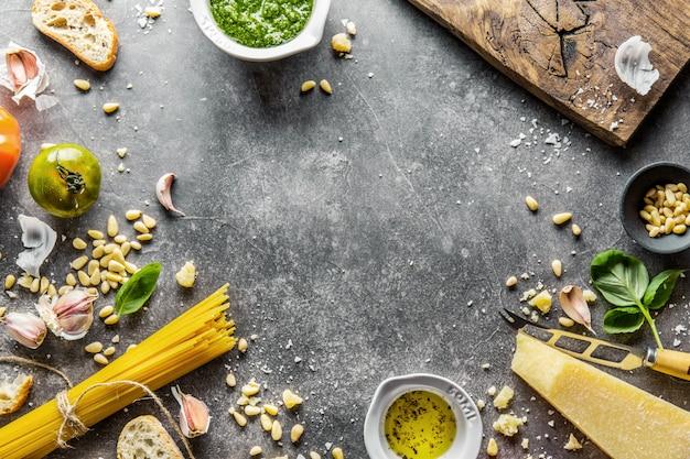 Zutaten für pesto und chiabatta