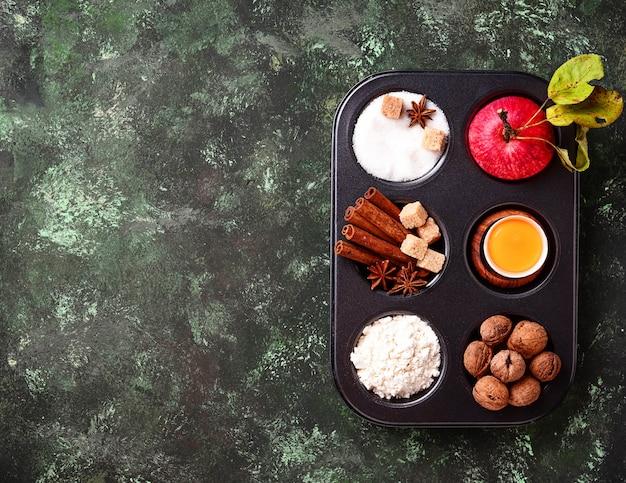 Zutaten zum kochen von apfelkuchen