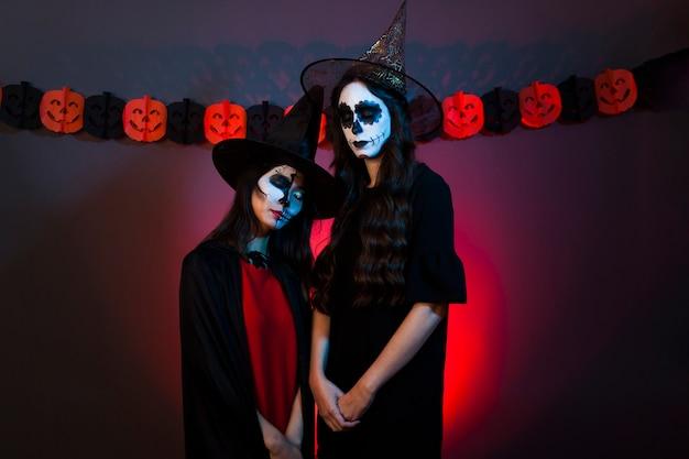Zwei hexen