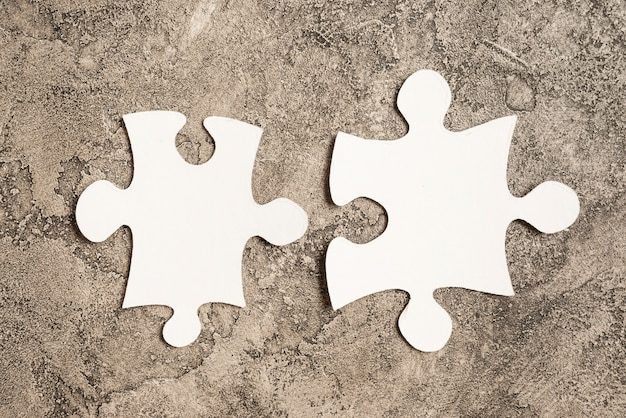 Zwei puzzleteile