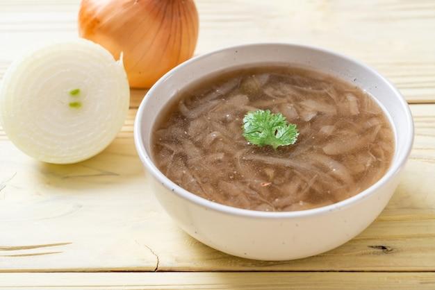 Zwiebelsuppe schüssel
