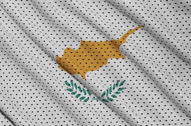 Zypern-flagge auf einem sportswear-netzgewebe aus polyester-nylon