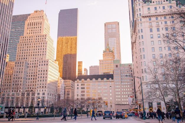 Красивая улица нью-йорка и америки, 01 января 2018 года в манхэттене, нью-йорк.