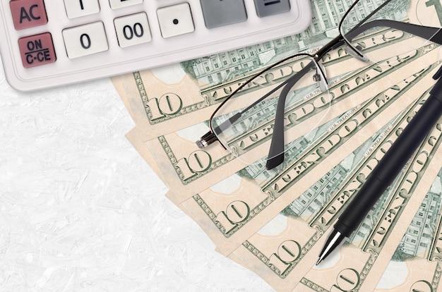 Вентилятор банкнот 10 долларов сша и калькулятор с очками и ручкой