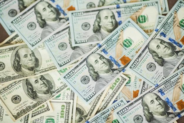 アメリカのお金の背景手形100アメリカドル