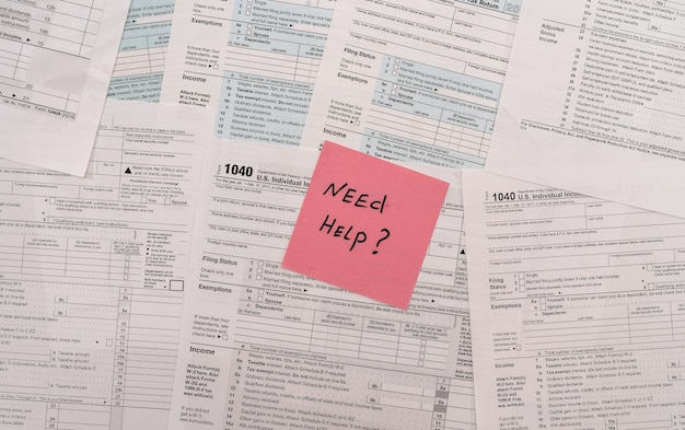 1040 tax form with text memo on it