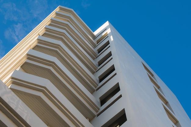 10階建ての建物