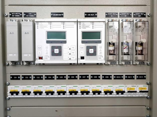 115kv保護パネルミニチュアサーキットブレーカ保護リレーロックアウトリレーテスト端子