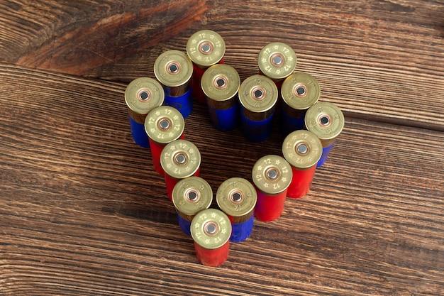 Цветные патроны калибра 12 калибра охотничьи патроны в форме сердца