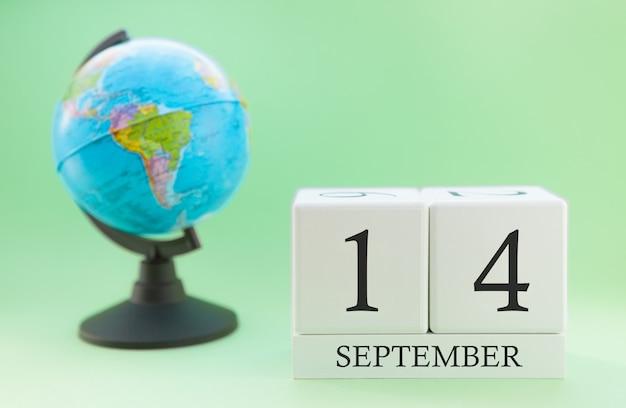 Календарь из дерева с 14 дня месяца сентябрь