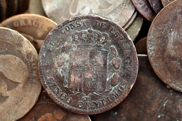 Монета песета настоящая старая испанская республика 1937 валюта и центы