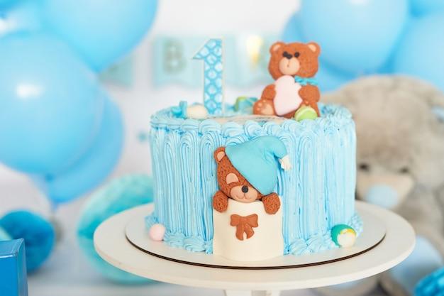 誕生日1年ケーキスマッシュインテリアブルー色