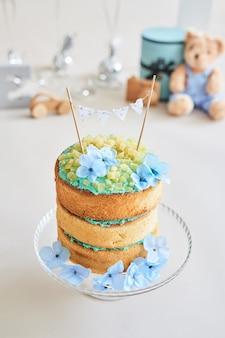 誕生日1年ケーキスマッシュインテリア