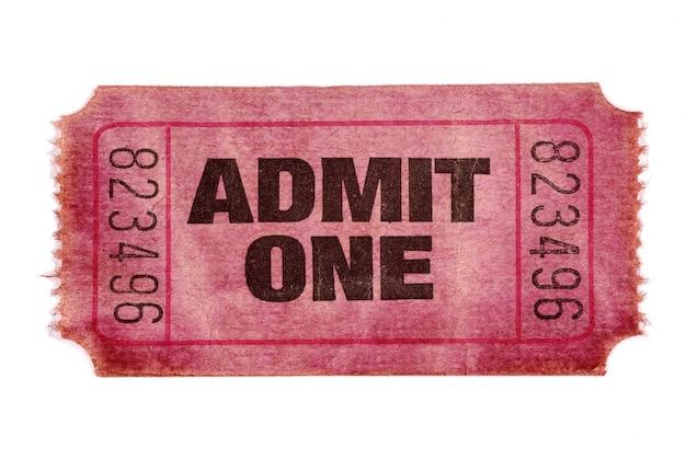 オールドは1映画のチケットを認めます