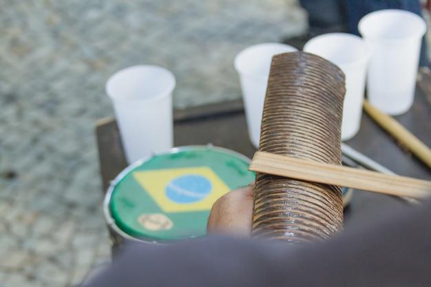 サンバはカリオカ文化の一部であり、サンバサークルの最も伝統的な都市の1つです。