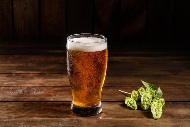 コップ1杯のラガービール
