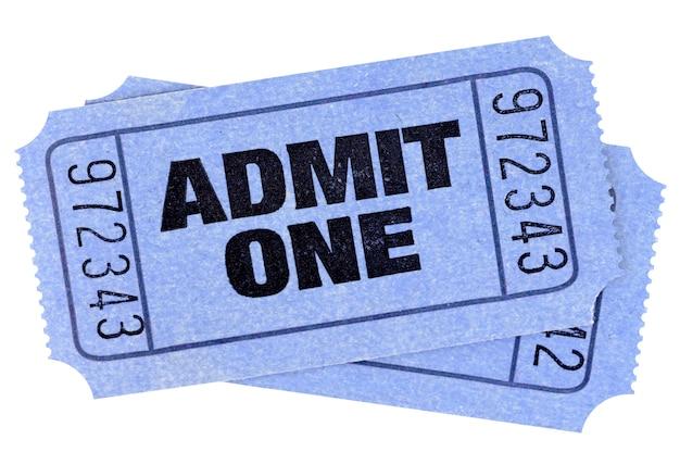2つの青は1つの映画のチケットの半券を認めます