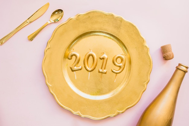 2019 inscription from candles on plate