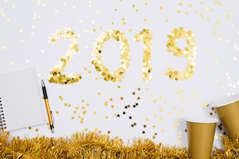2019 inscription from spangles with blank notepad