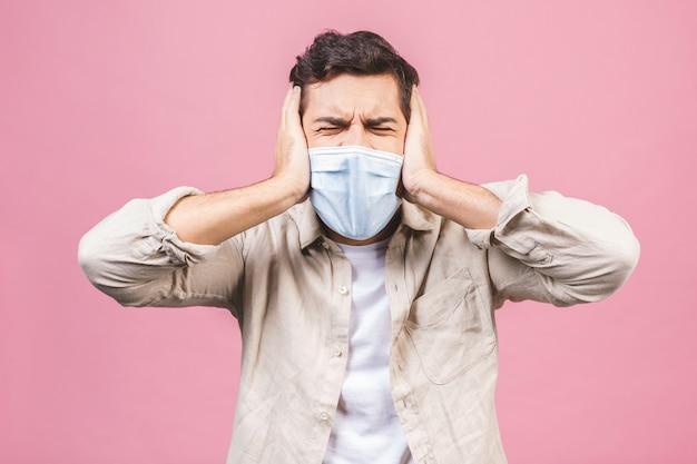 Защита от инфекционных заболеваний, коронавирусов. человек, носящий гигиеническую маску для предотвращения инфекций, респираторных заболеваний, таких как грипп, 2019-нков. изолированные.