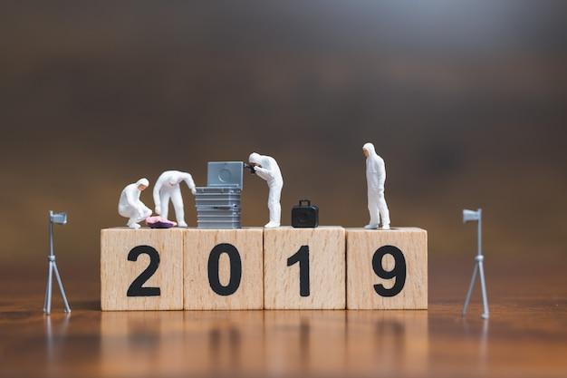 木造ブロックの犯罪現場調査番号2019
