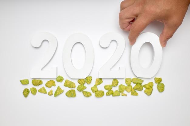 新年あけましておめでとうございます2020。番号2020からのシンボル