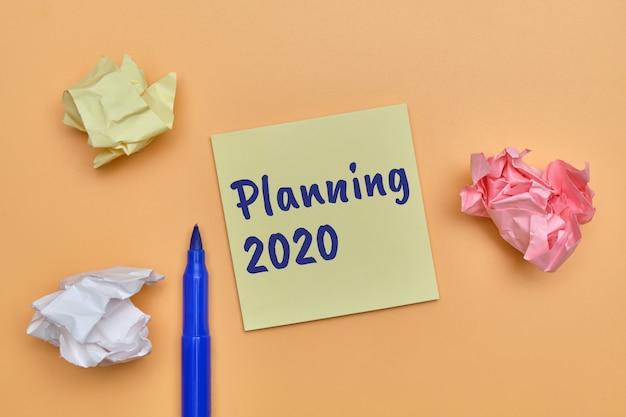 Абстрактное рукописное планирование до 2020 года как концепция списка действий, подлежащих выполнению.