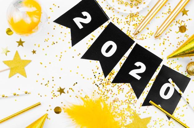 Празднование нового года 2020 гирлянда