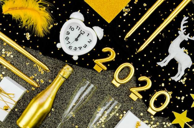 2020年の新年のお祝いの時計