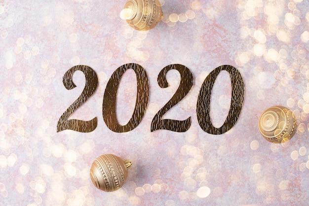 クリスマスボールと新年碑文2020