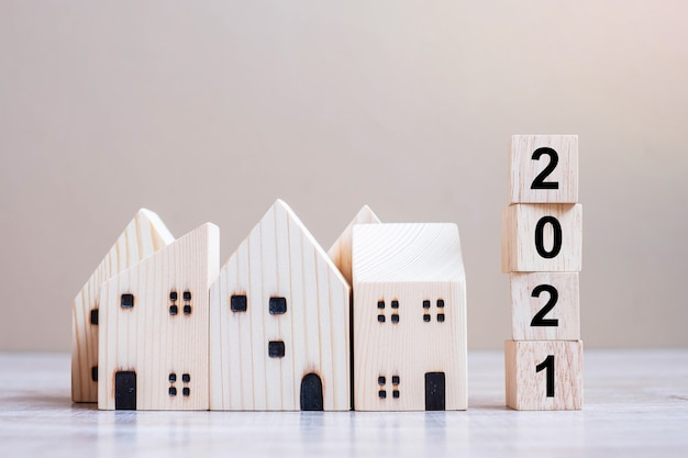 2021 happy new year with house model on table