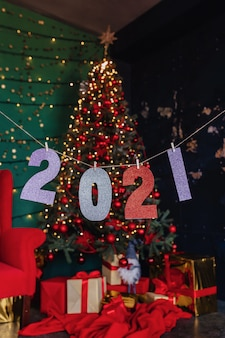 2021 numbers new year party, christmas tree