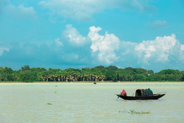 29-09-2018, srirampur, kolkata, west bengal, india. a view of sunny ganges river.