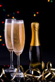 ライトとシャンパンを2杯