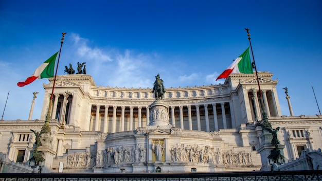 ローマのヴィットリオエマヌエーレ2世の記念碑
