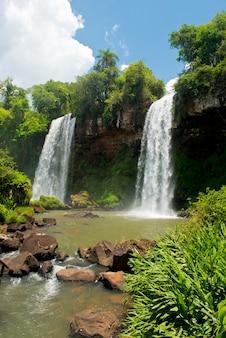 イグアスの滝の2つの滝