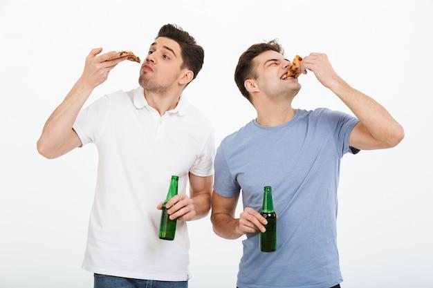 祝う空腹の2人の若い男性の肖像画