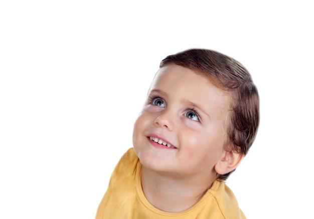2歳の驚いた小さな子供