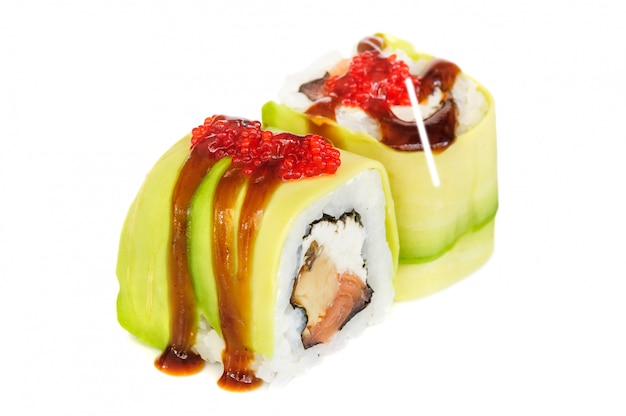 うらまき巻き寿司、白で隔離される2つのロール