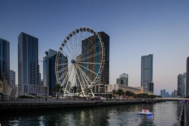シャルジャ-アラブ首長国連邦で3番目に大きい人口の多い都市、2017年10月20日