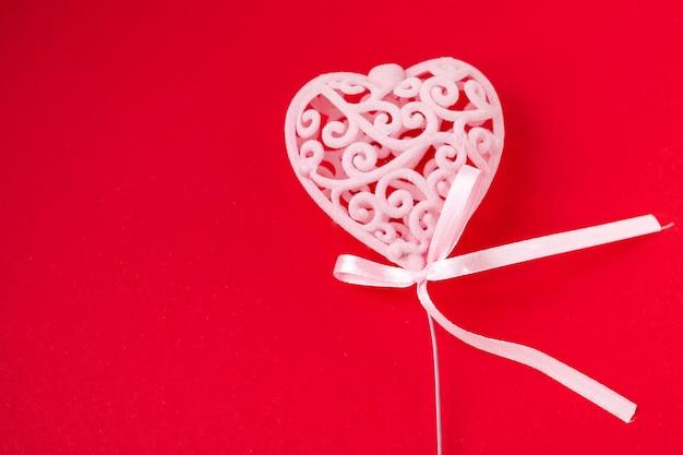 バレンタインデーと3月8日の背景