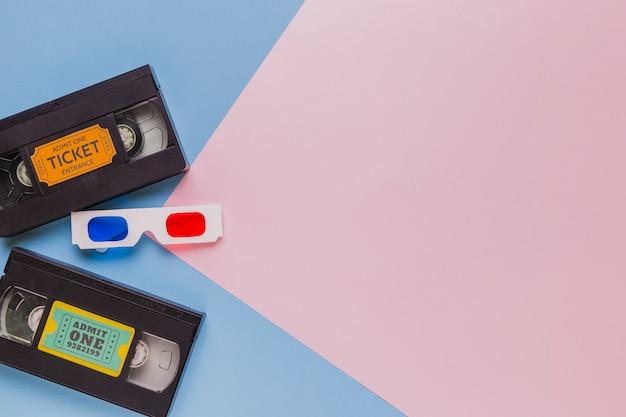 3 dメガネとビデオテープ