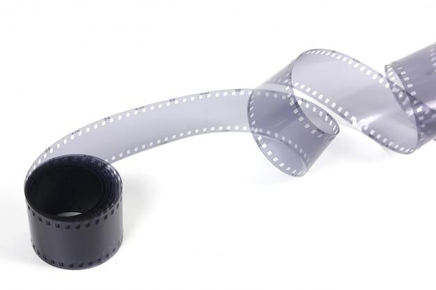 白い背景の35 mmフィルムストリップ。